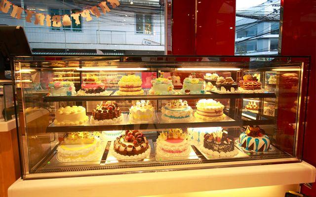 Liên Hoa - Bakery & Restaurant - Bùi Thị Xuân