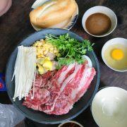 Chảo thịt con bò chan sốt nước tương nhật bản