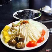 Đồ ăn kèm lẩu bí gà đen