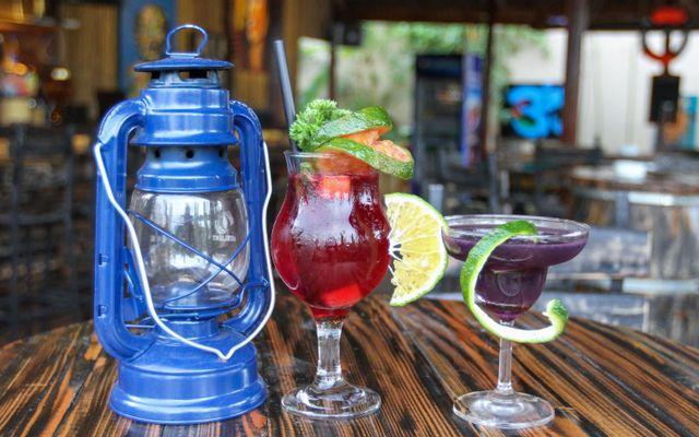 Tropical Chill - Coffee & Pub