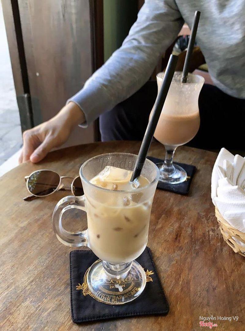 Cafe bình thường, nhân viên thái độ quá chán