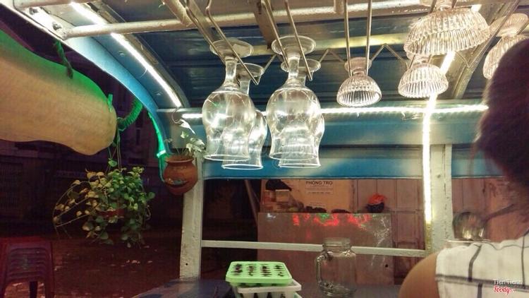 Xúc Xích Đức & Bánh Tráng Xiên ở Khánh Hoà