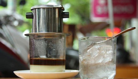 Coffee & Trà Sữa Sinh Viên