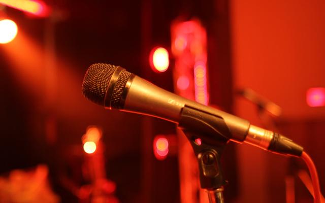 Vũng Tàu Xanh - Cafe & Karaoke
