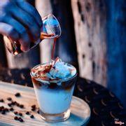 Cà phê dừa (coffee coconut) ở Azzan rất tuyệt,