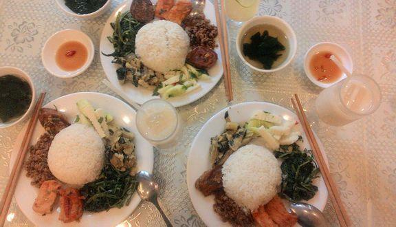 Loving Hut - Cơm Chay