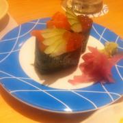 cá và trứng cá hồi rất tươi và ngọt