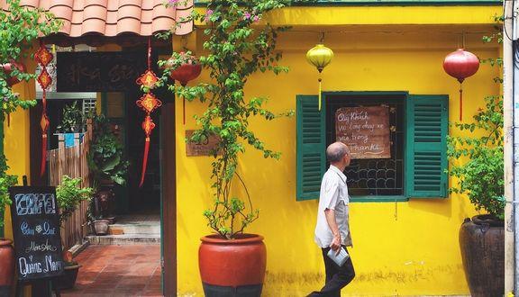 Tiệm Cà Phê Hoa Giấy