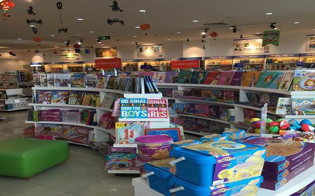 Nhà Sách Phương Nam - TTTM Takashimaya