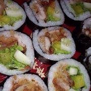 Sushi thịt xù