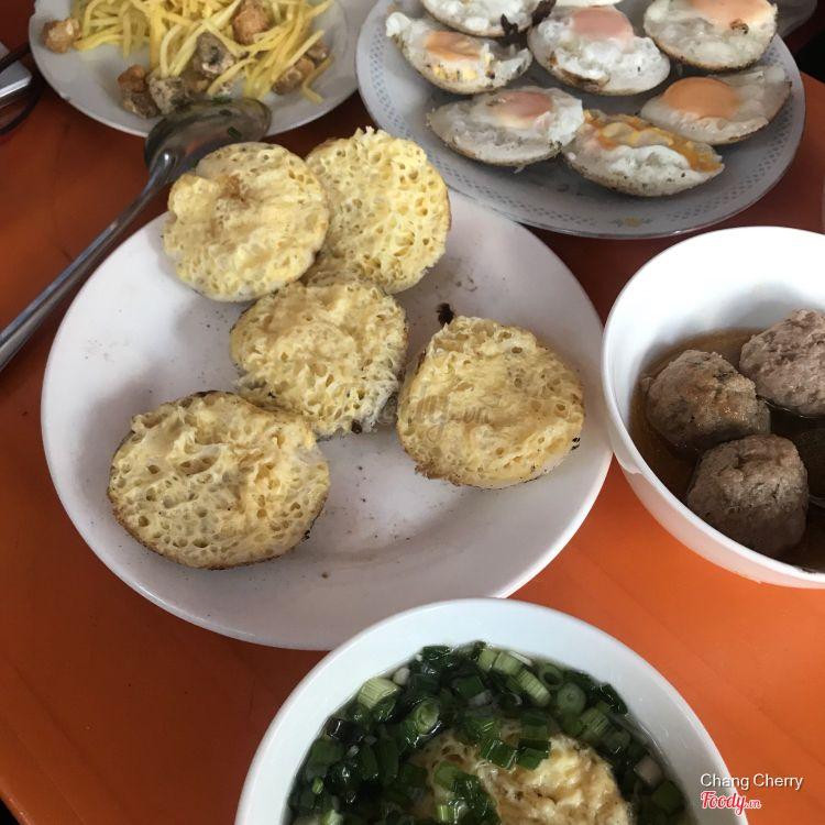 Bánh Căn Út Năm ở Khánh Hoà