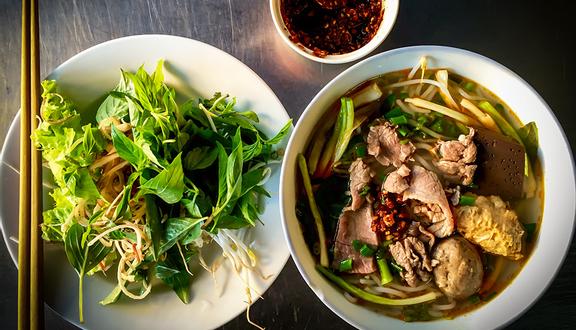 Quán Cẩm - Bún Bò Huế