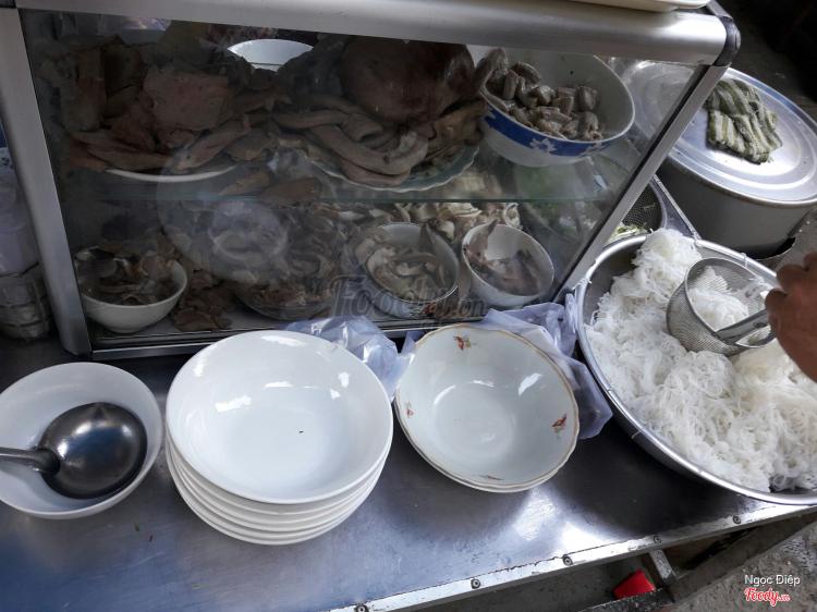 Cháo Lòng & Bánh Hỏi ở Khánh Hoà