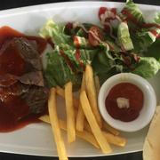 beaf steaks chua cay (cái này rất bình thường không nên thử)