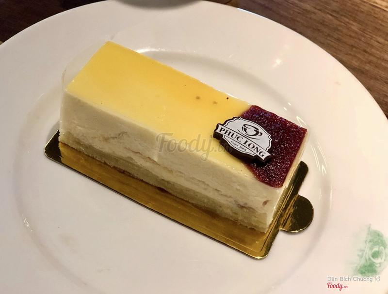 Laver red Fruit Cake