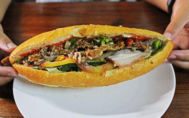 Lò Bánh Mì Anh Tú