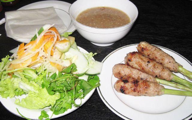 Quán Hương Trà Huế - Nem Lụi & Bún Thịt Nướng