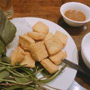 Bún đậu mắm tôm , ăn ko ngán, lạ, đậu giòn thơm, nóng hổi, nước chấm vừa ăn