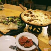 Salads + pizza 4 loại phomai
