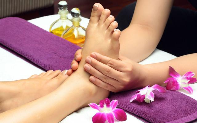 Thảo Nguyên Xanh - Massage Chân