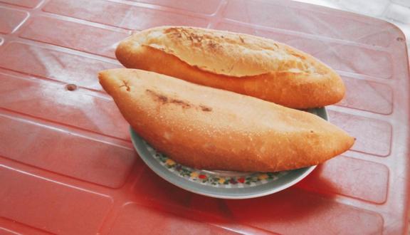 Bánh Mì Ăn Đêm