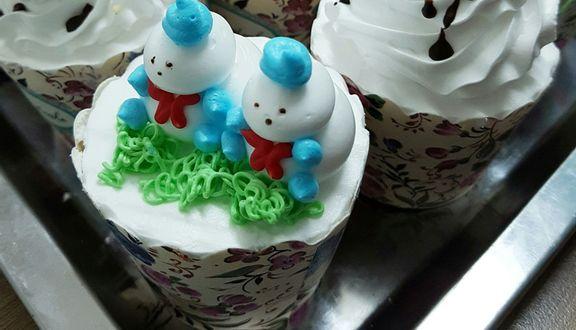 Hồng Quyên Cake
