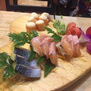 Set sashimi trái tim