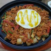 Phomai Kimchi Bokum