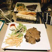 Bò steak sốt tiêu