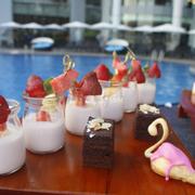 Pool party - Novotel Ha Long Bay