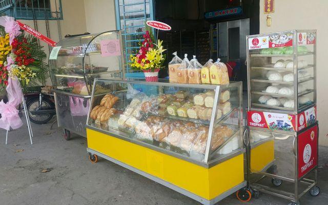 A Vĩ Bakery - Bánh Mì Thịt & Heo Quay - Bình Đông