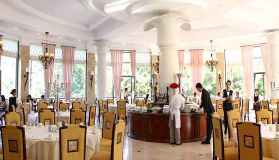 Riesling Restaurant - Dalat Edensee Resort