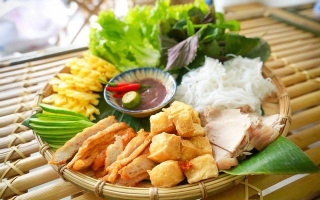 Yên Ly - Bún Đậu Mắm Tôm & Trà Sữa