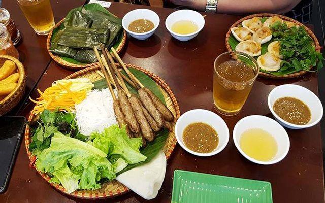 O Xuân - Bún Bò Huế & Nem Lụi