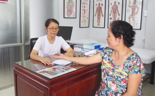 Phòng Chẩn Trị Y Học Cổ Truyền - Trung Kính