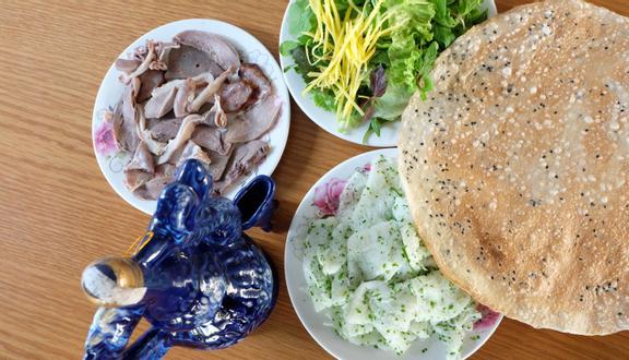 Trúc Ly - Bánh Hỏi & Cháo Lòng Bình Định