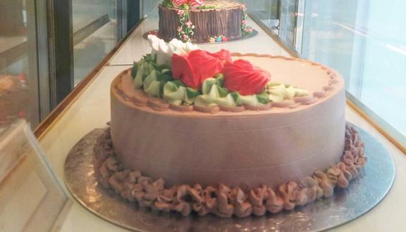 Bakery & Kem Tràng Tiền - Thái Thịnh