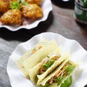 Bánh taco kiểu Việt Nam giòn rụm
