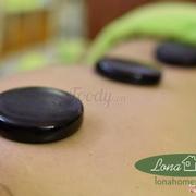 Massage thư giãn tại spa với tinh dầu sã chanh