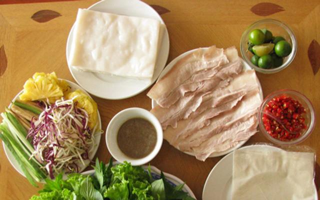 Thịt Heo Hấp Cuốn Bánh Tráng