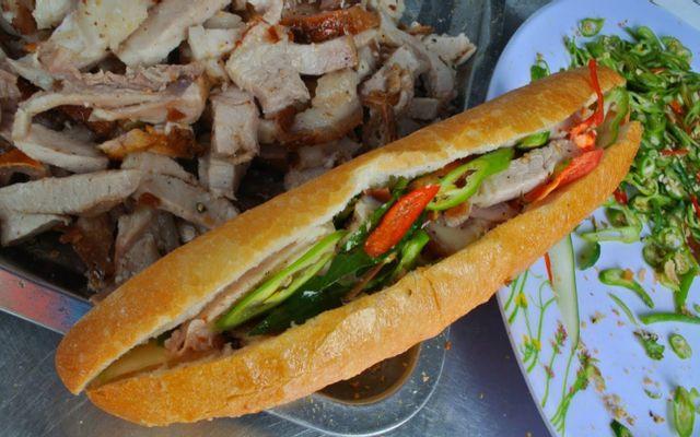 Bánh Mì Thịt Quay Minh Thu