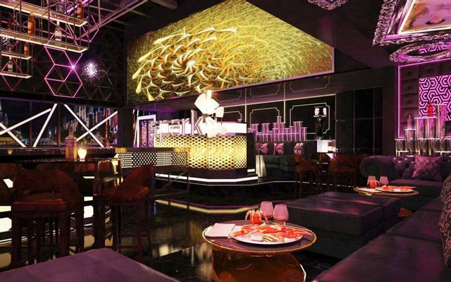 Spark Lounge