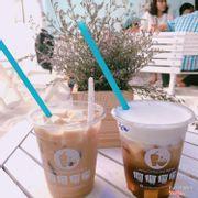Trà sữa đào và machiato black tea fit phô mai tươi :))
