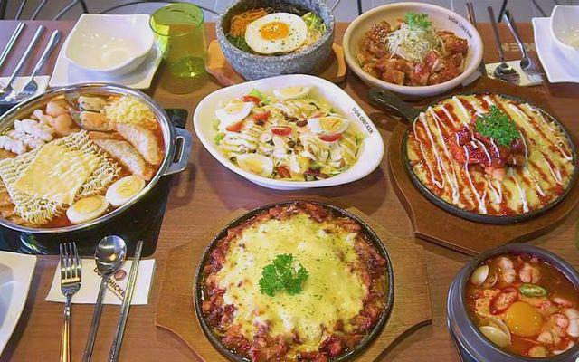 Don Chicken - Chicken & Pub - Hàng Bông