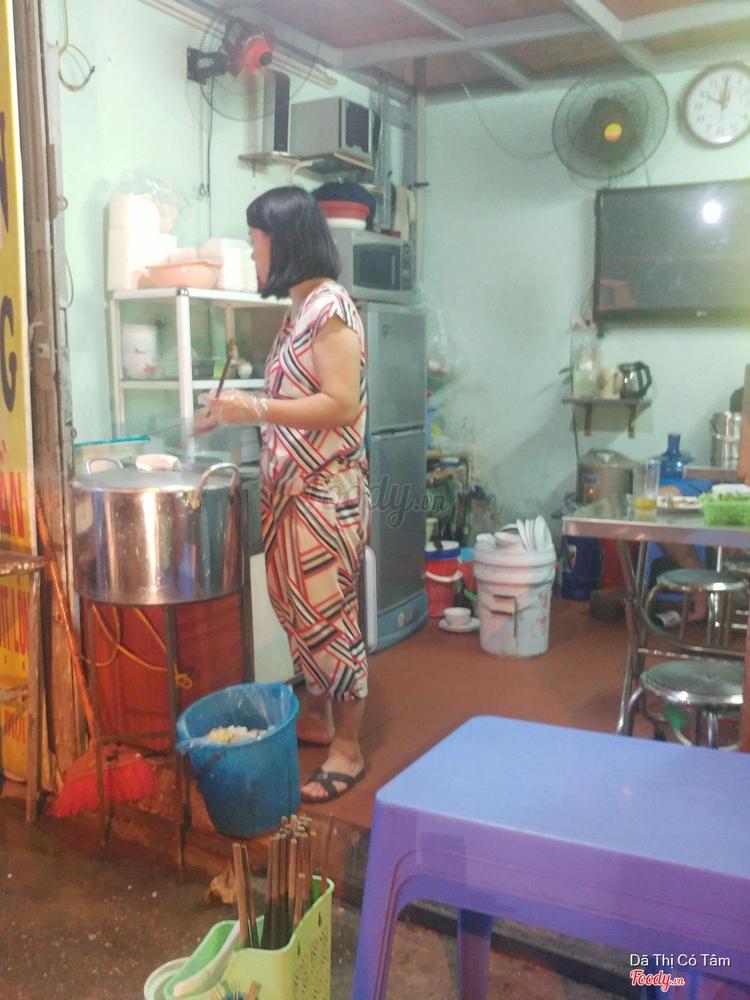 Bánh Cuốn Nóng & Gà Tần - Quan Nhân ở Hà Nội