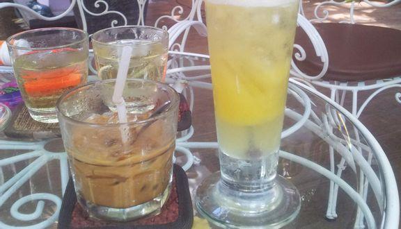 Sáu Sài Gòn Cafe