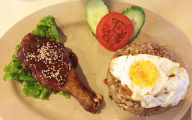 Việt Thái Food Court - Parkson Hùng Vương