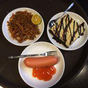 Ăn vặt, ăn vặt :)), xúc xích 13k