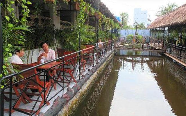 Huỳnh Hương Cafe