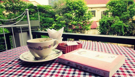 Tea Talk Cafe & Bakery